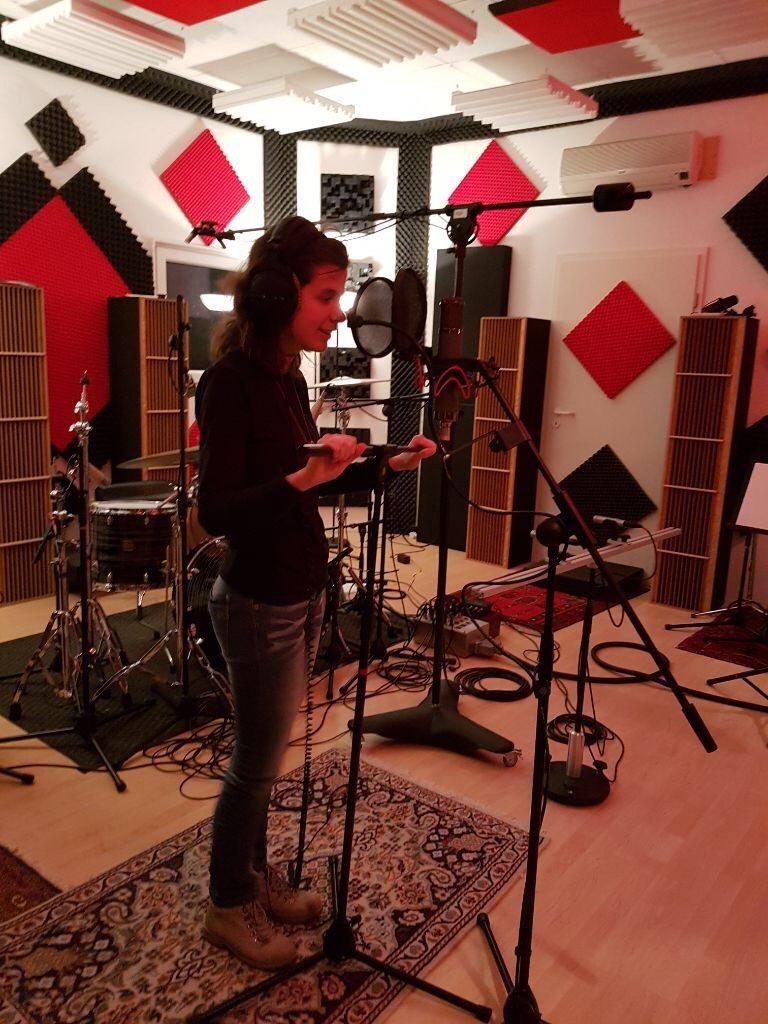 Im Tonstudio - Kerstin singt