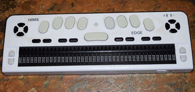 Die Braille Edge ist meine private Braillezeile.